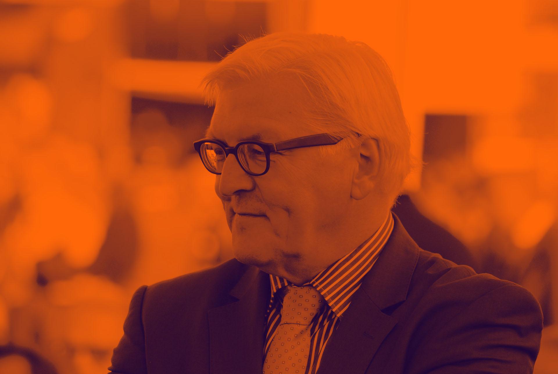 Frank-Walter Steinmeier rettet das Internet